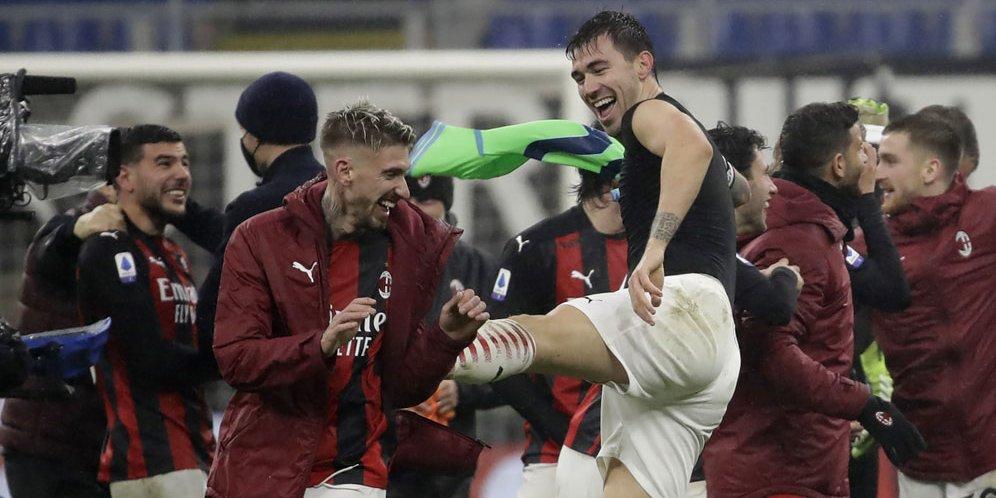 Pemain AC Milan berselebrasi usai mengalahkan Lazio dalam laga lanjutan Serie A hari Kamis (24/12/2020).
