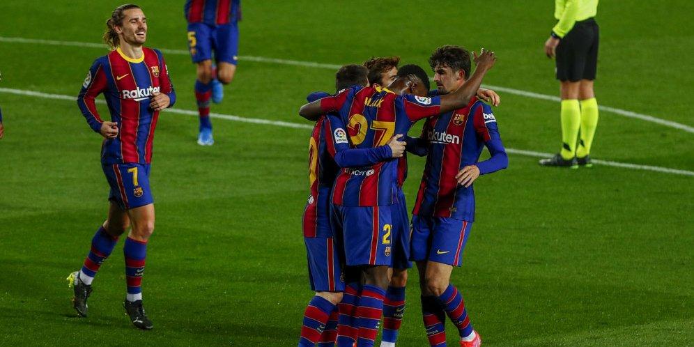 Barcelona merayakan gol Trincao ke gawang Deportivo Alaves pada lanjutan La Liga, Minggu (14/2/2021) dini hari WIB.