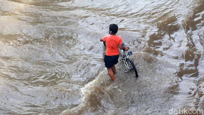 ilustrasi genangan air di Jakarta