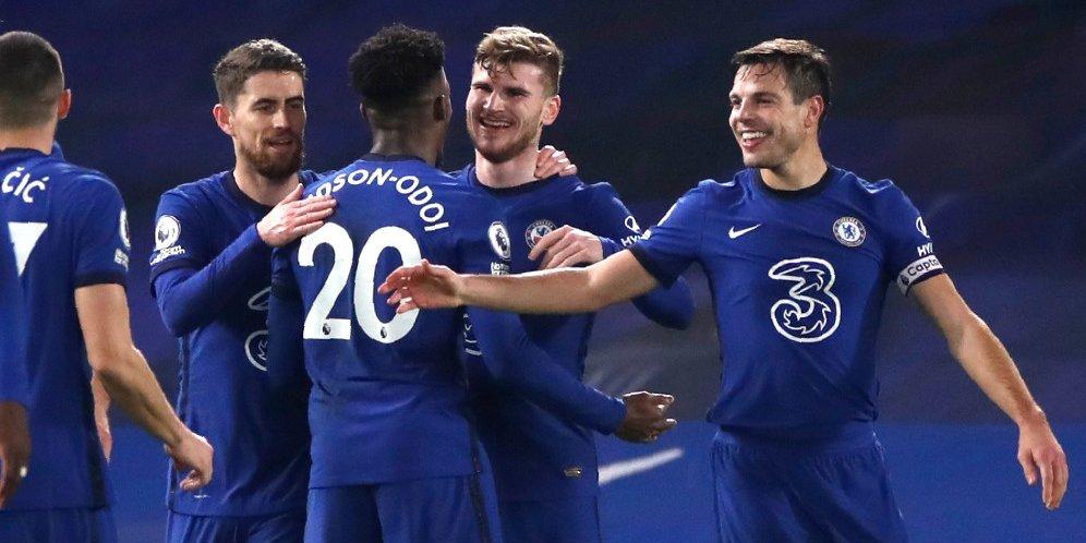 Skuad Chelsea merayakan gol Timo Werner ke gawang Newcastle, Selasa (16/2/2021) © Pool Reuters via AP Photo