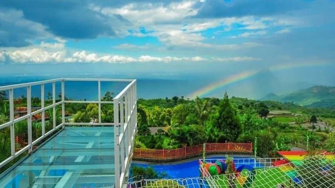 Pemandangan indah di Villa Khayangan Puncak Dua Bogor